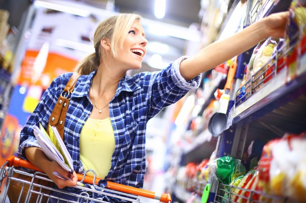 Using In Store Overhead Messaing to Engage Customers